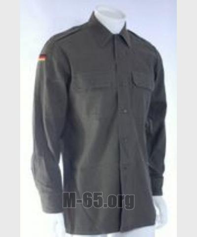 Рубашка BW,зеленая, длинный рукав, эмблема, б/у